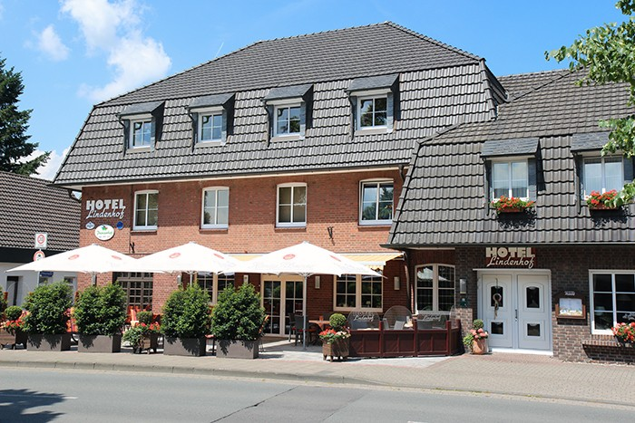 Hotel Lindenhof 2017.jpg